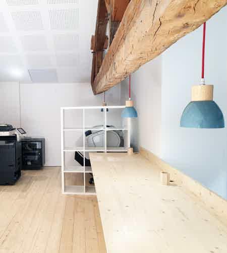 espace à occuper dans bureau-7