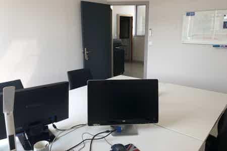 """Un bureau fermé """"Espace 7"""""""