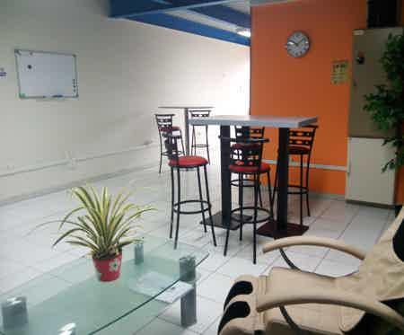 Bureau privatif 25 m2, tout inclus-4