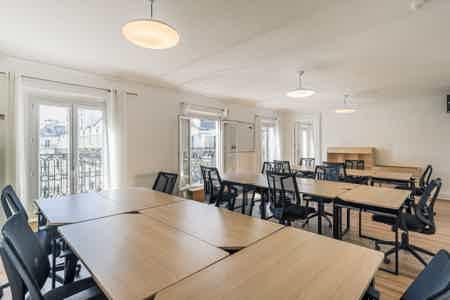Superbe bureaux avec balcon - Sentier-3