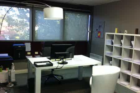 Bureau de travail agréable - calme