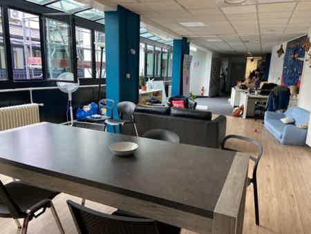 Espace indépendant 160 m² de bureaux