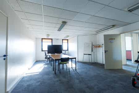 A louer Plateau de bureau 150 m2-2