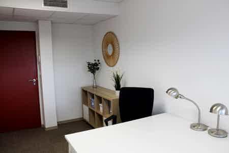 Bureau tout équipé 15 m²