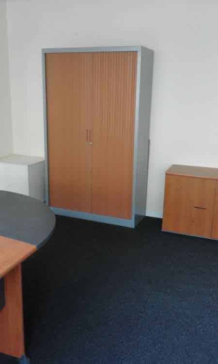 bureau 60m2  meublé-1
