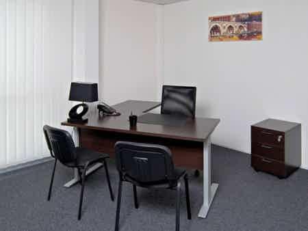 Grand bureau fermé de 75m2