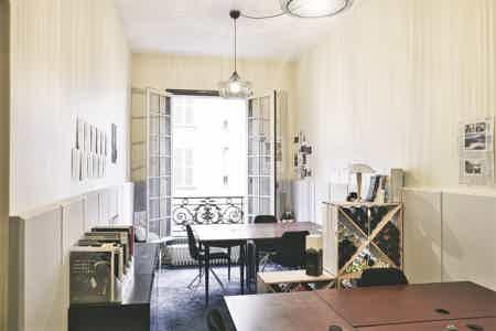 Bureau fermé - St-lazare - Paris 8