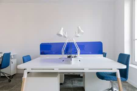 Bureau moderne et de lumineux - 10 postes