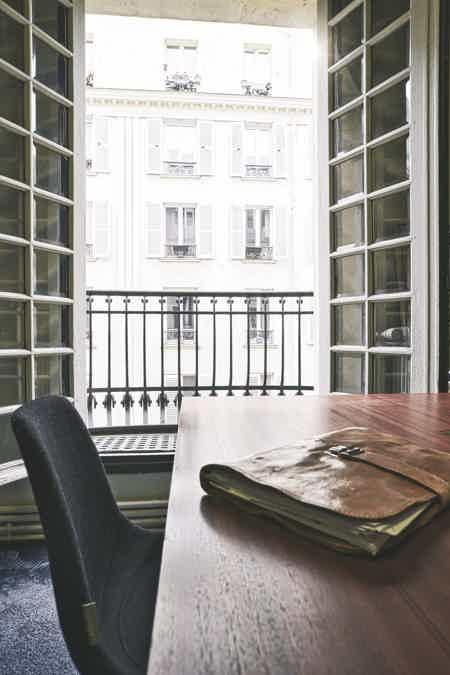 Bureau fermé - St-lazare - Paris 8-6