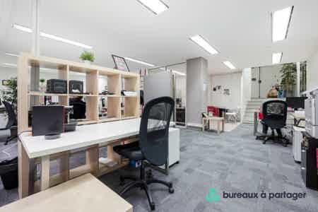 PROMO  : Bureaux en open space / ST-Lazare-6