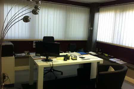 3 bureaux de 19 m2 relié l'un et l'autre