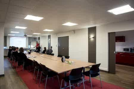 Plateaux de bureaux à saint-herblain-4
