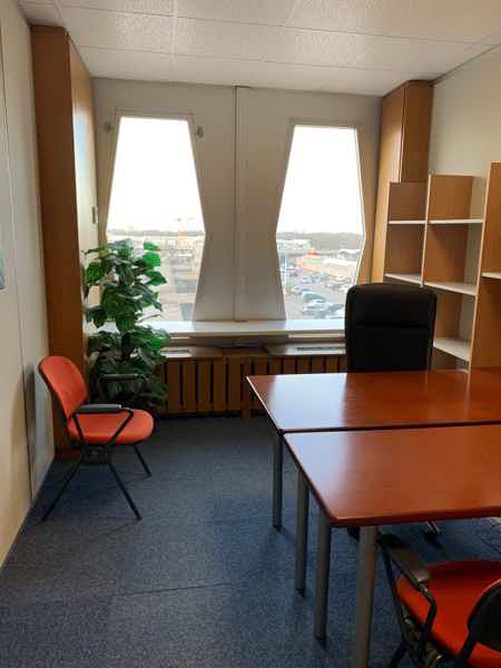 Bureaux equipes et meubles-4