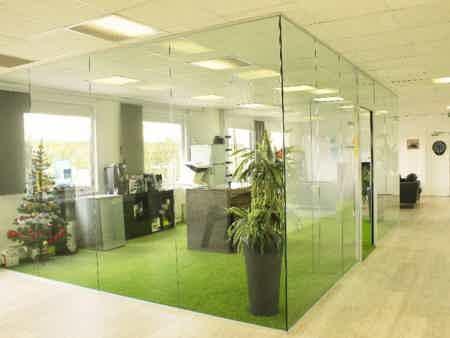 Bureau privatif 90 m2 + espace commun à lognes-2