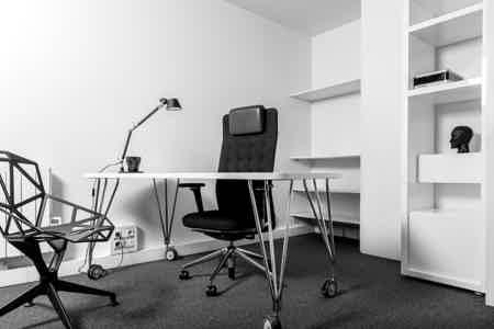 Bureau au sein d'une agence de design-2