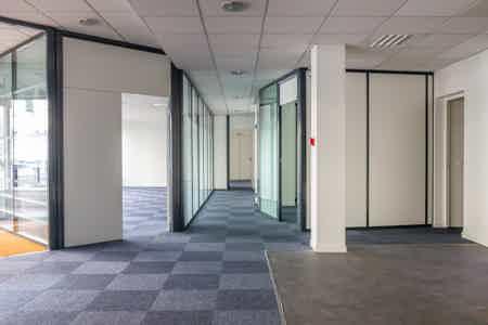 Grand bureau de 50m² à la Part-Dieu-2