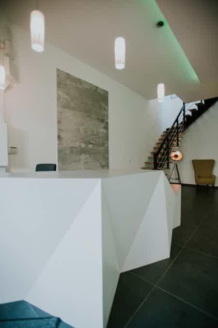 Bureau neuf avec espace réunion-3