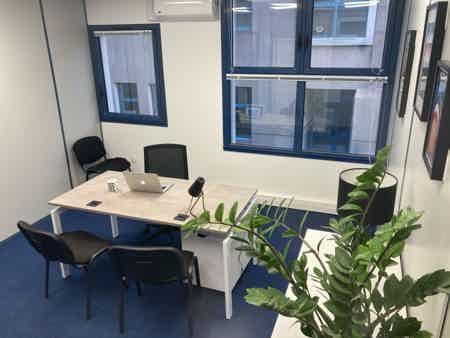 Bureaux indépendants 2 postes 15 m2-6