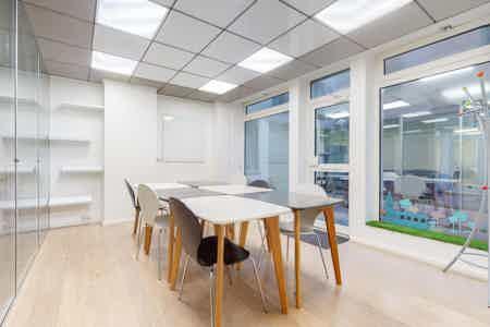 96 m² de bureaux indépendants et équipés-6
