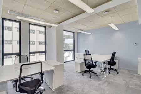 Bureau privatif 5p avec terrasse privée-2