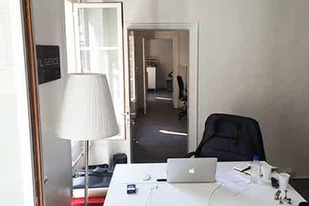 Poste individuel Co-working République-3