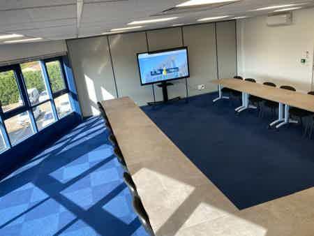 Bureaux indépendants 2 postes 15 m2-4
