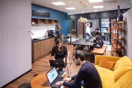 Location de bureaux en OpenSpace à Rennes-8
