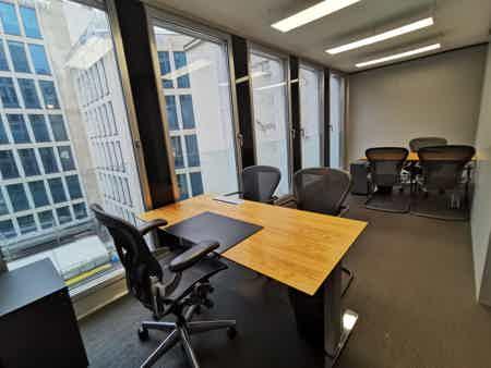 Bureaux 18m² - 5ème étage-2