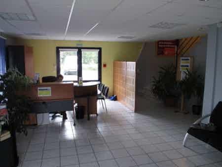 Bureau tout équipé en centre d'affaires 12 m²