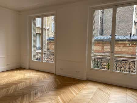 Bureau 30m² - salle de réunion et cuisine-4
