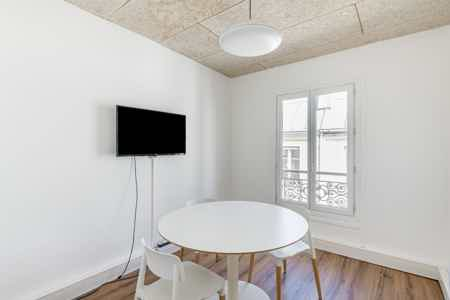 Superbe bureaux avec balcon - Sentier-6