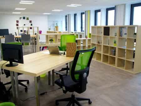 Bureau de travail 6 pers. à Lille-Centre-5