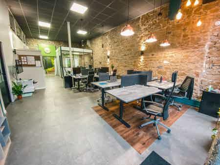 Bureau ergonomique en Open Space à Lyon-4
