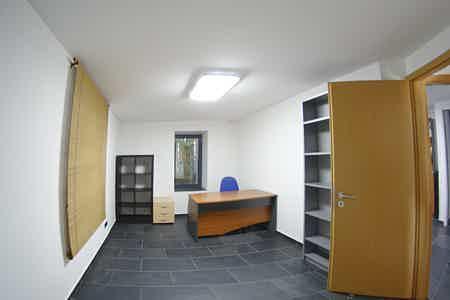 Bureau standing + clim vue jardin exo ZFU