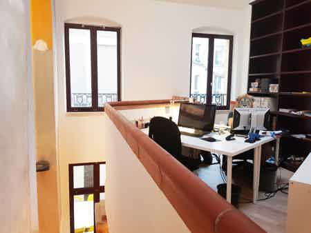 Postes à louer / espace type loft-5