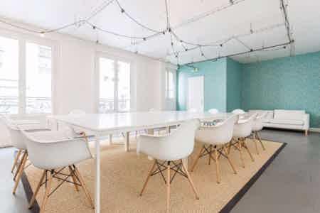 8 postes en coworking design & chaleureux-4