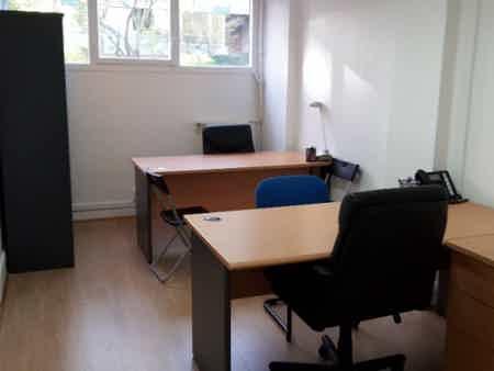 Location de bureau pour 5 personnes-2