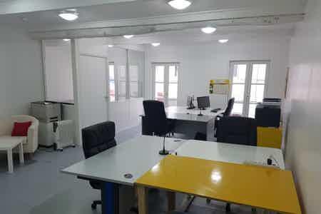 Bureau en Open-Espace au mois