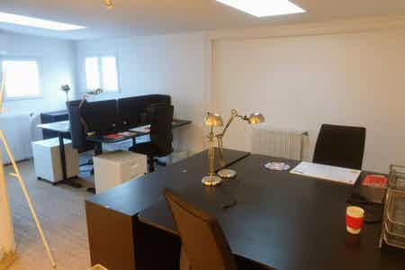 Coworking Vanves Plaine bureau fermé 26 m2