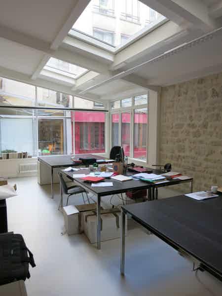 1 poste libre dans open space de 150 m²-4