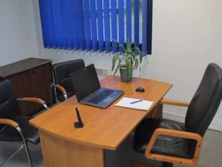 Bureau tout équipé en centre d'affaires 16 m²