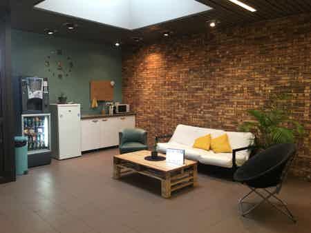 Bureau en openspace centre ville Marignane-1