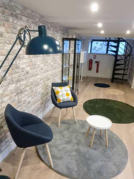 Coworking Vanves Plaine bureau fermé 26 m2-1