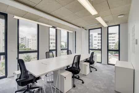 Bureau privatif 5p avec terrasse privée-1