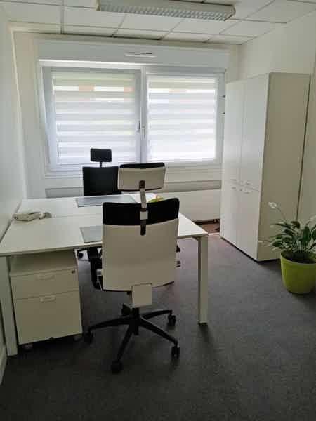 Location de bureaux équipés-1