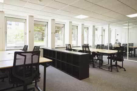 Bureau privatif 11 postes-5