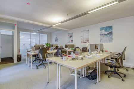 RDC - 1 open, 2 bureaux, 1 salle réunion-1