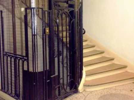 Ascenseur escalier