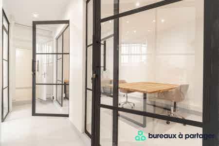 Bureau fermé refait à neuf, rue Saint-Maur-2