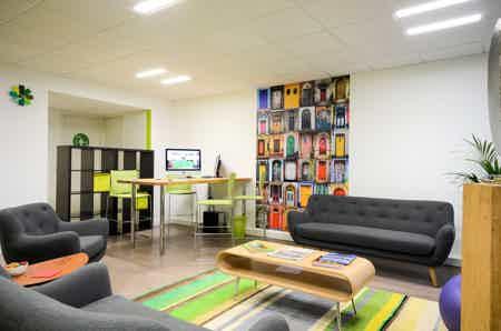 Bureau de travail 6 pers. à Lille-Centre-6